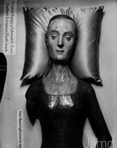 Undressed funeral effigy of Catherine de Valois, Queen of England. Henry V's queen  died in 1437. Her grandson King Henry VII made major alterations to Westminster Abbey, which involved moving her embalmed body. She was placed in a crude coffin constructed of flimsy boards, and was left above ground. Catherine remained a public spectacle in the Abbey for over 200 years.