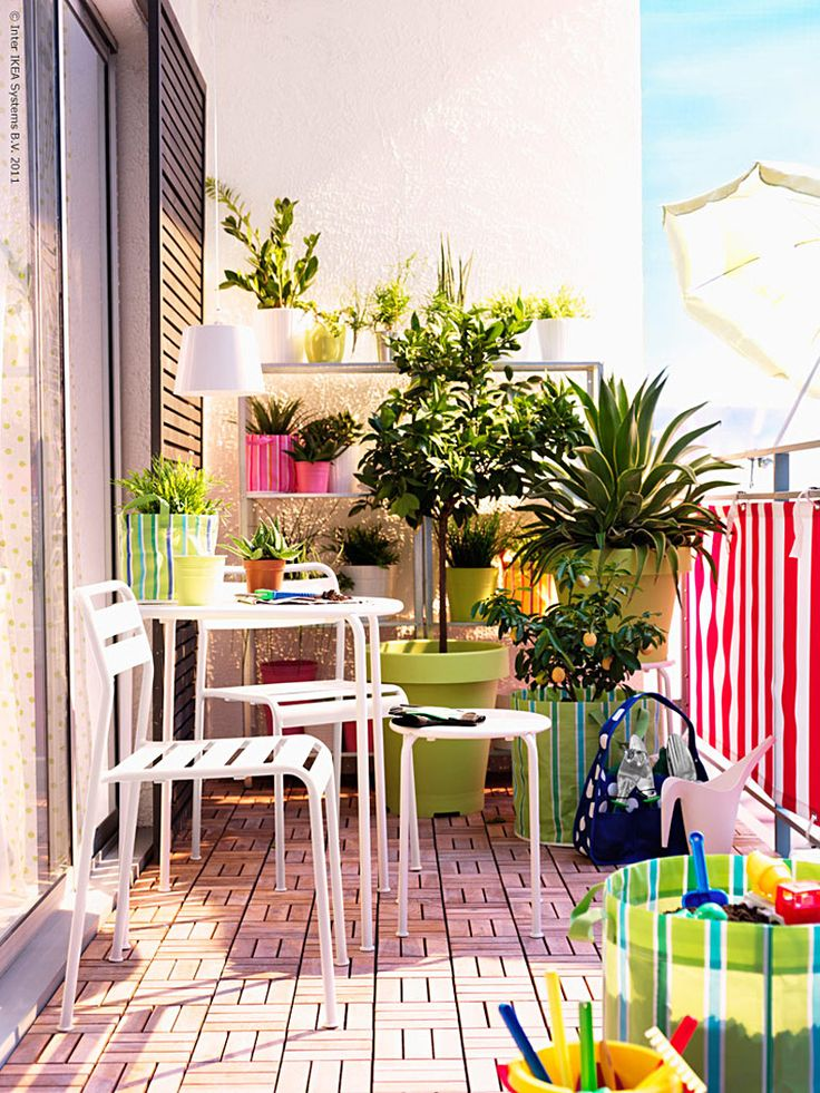 Creating A Balcony Garden Can Be Fun And Fulfilling. Check Out The Best  Ideas For 2017 Here.