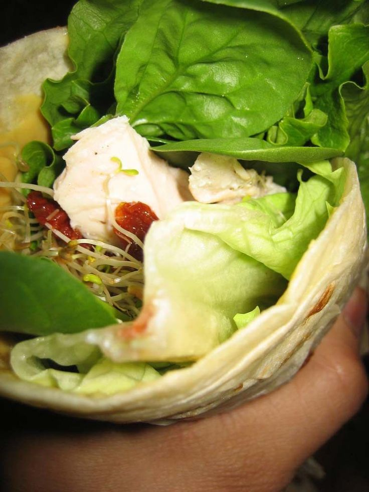 How to make a warm turkey bacon wrap - This is the best quick and easy wrap recipe and very healthy! Great for lunch or dinner, and even kids enjoy it because of its simple ingredients! You can go wrong with turkey, bacon, and cheese, but you could also substitute ham or roast beef. Great weeknight meal.
