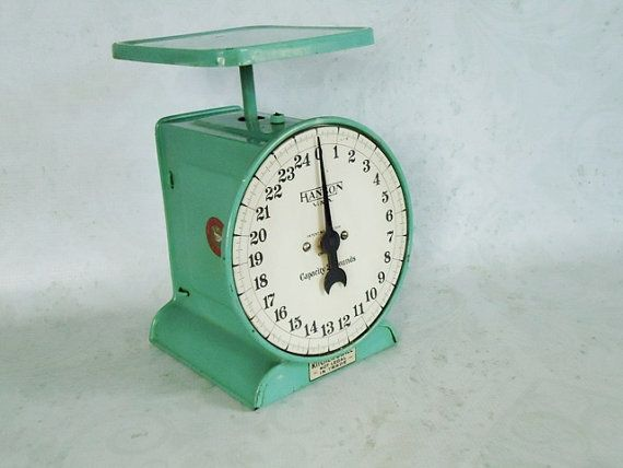Jadeite Green Rustic Kitchen Scale Vintage 25 #retro #kitchenalia #circle1 #vett