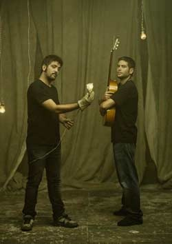 Confirmado el concierto de Estopa presentando su Gira 2.0 en el Coliseum de A Coruña. http://bit.ly/AncU33