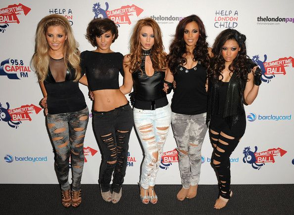Sort of a punk 80s style flaunted by the Saturdays.  (L-R: Mollie King, Frankie Sandford, Una Healy, Rochelle Wiseman, Vanessa White.)