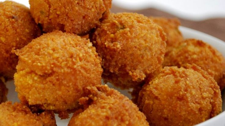 Mouth-watering Old Fashion Corn Bread And Hush Puppies  If you'd like to understand how to copycat your favorite Red Lobster diner recipes, read on! I got raised in a cafe family. I will not say which one, it does not involve clowns or kings. It basically is a tasty place to eat, particularly if you like root lager. I loved a selected burger that was offered at the store, and when I was home from boarding college, I might find any reason to eat it.  I just could not come up with eno..