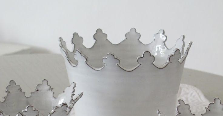 Hej bloggisar !   Äntligen har jag fått hem mina underbara keramik kronor   Design Monica Johansson   Jag hade bara sett bilder av dom...
