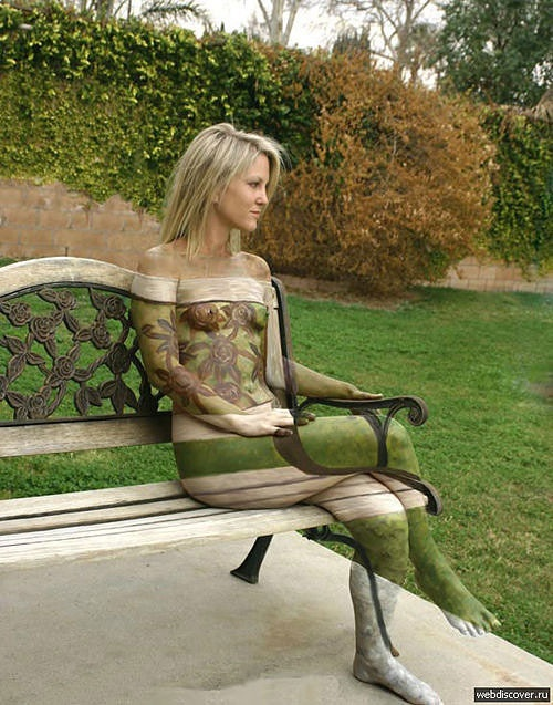 Suburban camouflage! Interesting Body Paint