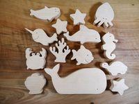 Jouet en bois représentant les animaux marins, un jouet écologique pour bébé. Cet ensemble danimaux en bois est un formidable cadeau de…