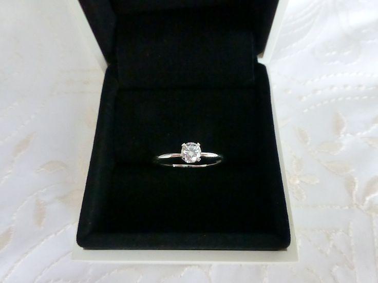 11 June 2013 - Forevermark diamond from DeGem - diamond shopping was... educational!