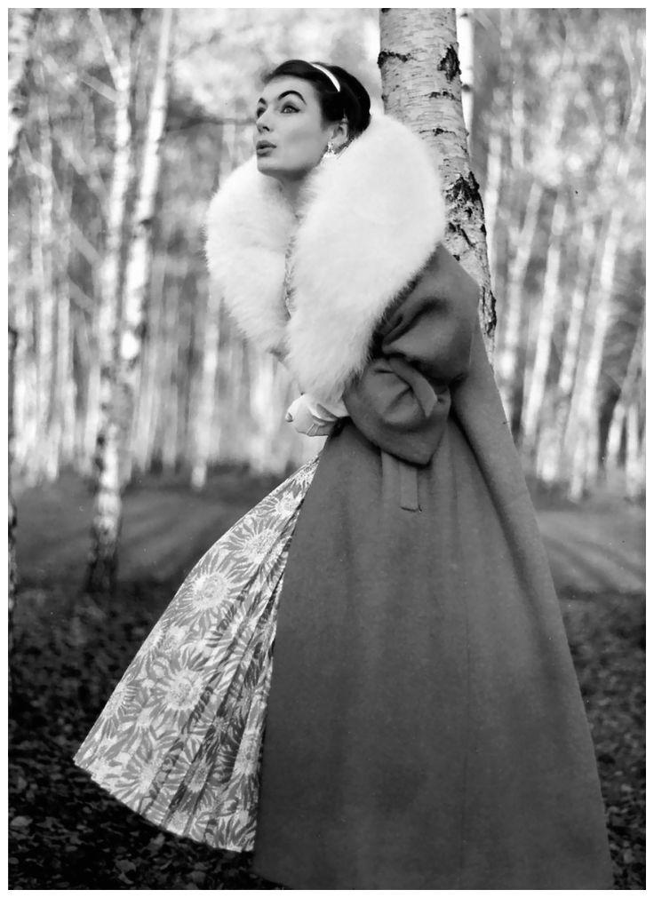 Leonard, Norbert - Fashion photo for Heinz Ostergaard 1949