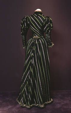 Dress, 1893. Ribbed silk, silk satin, silk crepe, jet beading. Robina, Paris. Permanent loan from the Art Institute of Chicago, gift of Mrs. Potter Palmer II. Artists/Makers     Robina (Paris, France) (designer) Back
