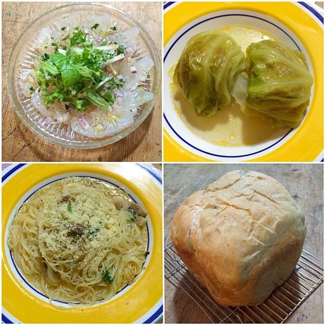 ロールキャベツは薄口のコンソメ味で、食べ進みながらカッペリーニを茹でてスープパスタに変化させて楽しんでます‼︎ ご近所さんが釣ってきたスズキをカルパッチョにして、ウチの相方が焼いたパンと共に♬(笑) - 76件のもぐもぐ - ロールキャベツな夜♬ by giacometti1901