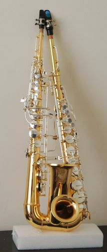 Sopralto Braithophone - an instrument combining soprano and alto saxophones into one horn. Invented by musician George Braith.
