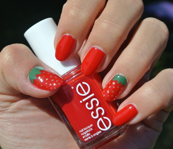 Nail art: zomerse aardbeien