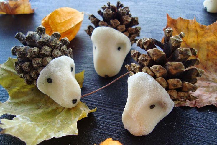 Kleefalter: DIY: Igel aus Föhrenzapfen