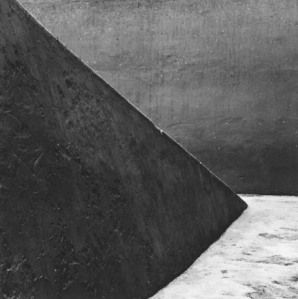 Aaron Siskind Peru 291, 1977 November 21, 2011 by nycswhttg Shapes and forms only differentiated by shades of gray express the infinity of time and space.