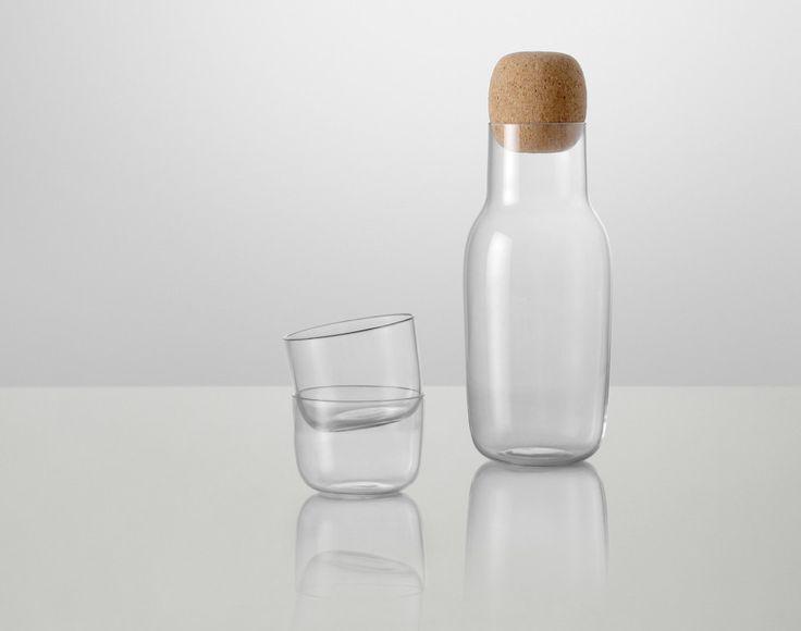 Karafa na vodu Corky od Muuto | DesignVille