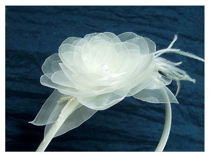 Flower in cream, hair band for wedding
