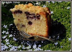 Uwielbiam proste ciasta z owocami, szczególnie tymi sezonowymi 😊   Moje dzisiejsze ciasto pewnie jest dla Was znane, bo ciasta maślance, ...