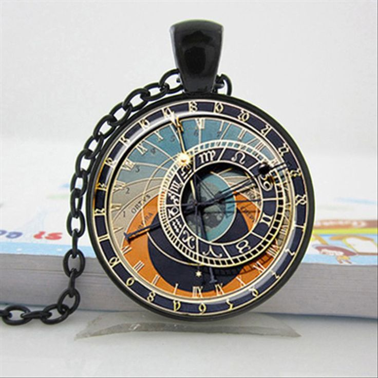 Steampunk glass cabochon necklace Pendant Size 25mm Glass Chain Length: 60cm Steampunk Clock Necklace