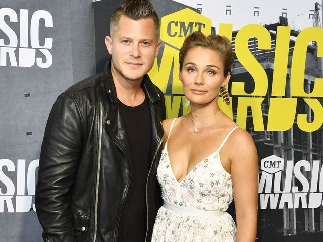 2017 CMT Music Awards red carpet