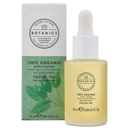 Botanics Organic Facial Oil, is a nourishing meal for your skin. Infused with rosehip oil, which is rich in omegas and essential fatty acids, this precious oil hydrates, locking in moisture for hours.