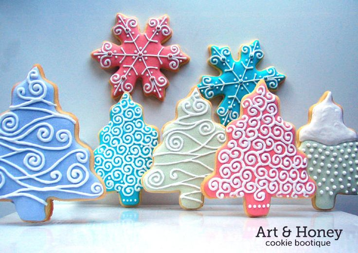 Winter | Cookie Connection, I LOVE the idea of using the same tree cutter with different colors and designs of decorations. I especially like the light blue and pink! food, dessert, snacks, holidays, holiday