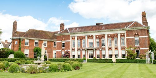 Parklands Quendon Hall. Quendon, Essex. - Offering the perfect surroundings for an unforgettable wedding.