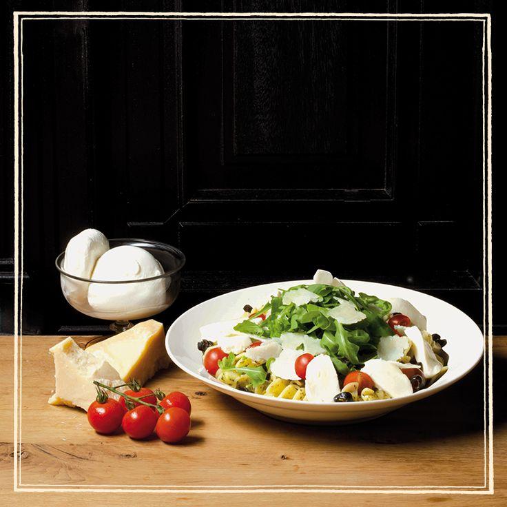 Μήπως «ξεφύγατε» λίγο τις γιορτές; Πάρτε το ελαφρά... με σαλάτες Paul! Ελαφριές, αλλά πάντα απολαυστικές και χορταστικές!