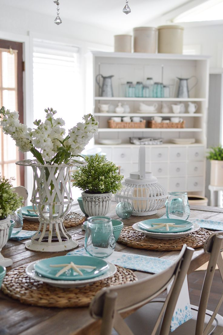 Simple Summer Decorating Ideas Coastal Cottage Farmhouse Farm Table In Neutra Dining Room Table Centerpieces Dining Room Centerpiece Dining Table Centerpiece