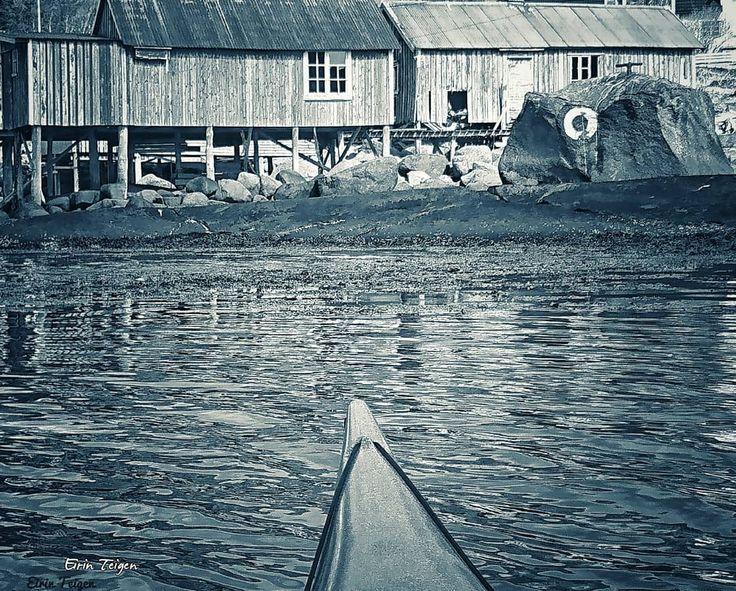 #kayaking #rusticliving #northernnorway #EirinTeigen #padletur #nordnorge #natur #fiske #norge #norgebilder #norgebilderno #mittnordnorge #ig_nordnorge #norwaysworld #norwayview #gmn #utno #mittfriluftsliv  #kajakk #ilovenorway #earthpix