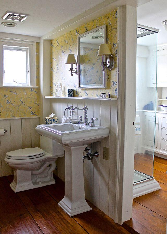 A New England Bathroom In 2020 Farm Style Bathrooms New England Style New England Farmhouse