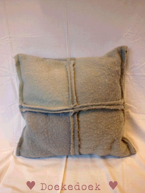 Kussen van oude wollen dekens, vier vlakken twee tinten blauw. Pillow from woolen blanket, four pieces, two shades of blue. made by ♥ Doekedoek ♥
