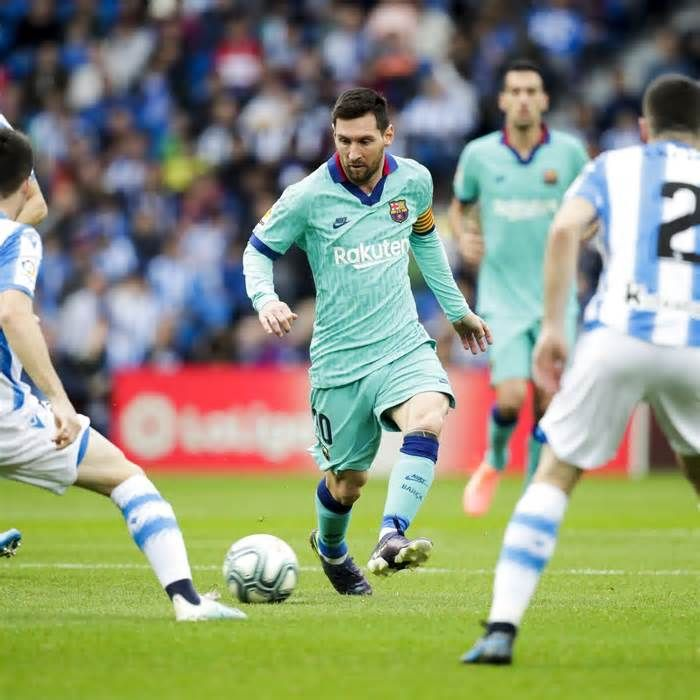 Barcelona Vs Real Sociedad Odds Live Stream Tv Schedule And Preview Get The Latest News For Realmadrid Inside Pi In 2020 Streaming Tv Tv Schedule Real Madrid Goal