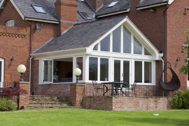 A beautiful garden room to provide our clients with a lovely open and bright additional living space.