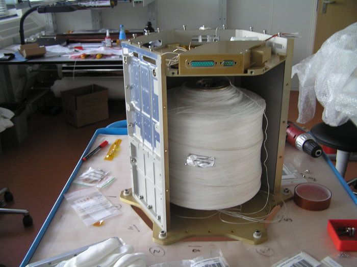 """The Foton LOcated YES2 Deployer (FLOYD) element of the YES2 satellite with the 30km tether stowed inside. The tether – or """"Florian"""" as it known to the team - for the mission is made a special material called Dyneema, which is a type of polyethylene. The exceptionally strong material is only 0.5mm thick."""