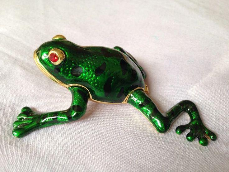 Magnetic Frog Trinket Box Enamel Gold Beautiful Item