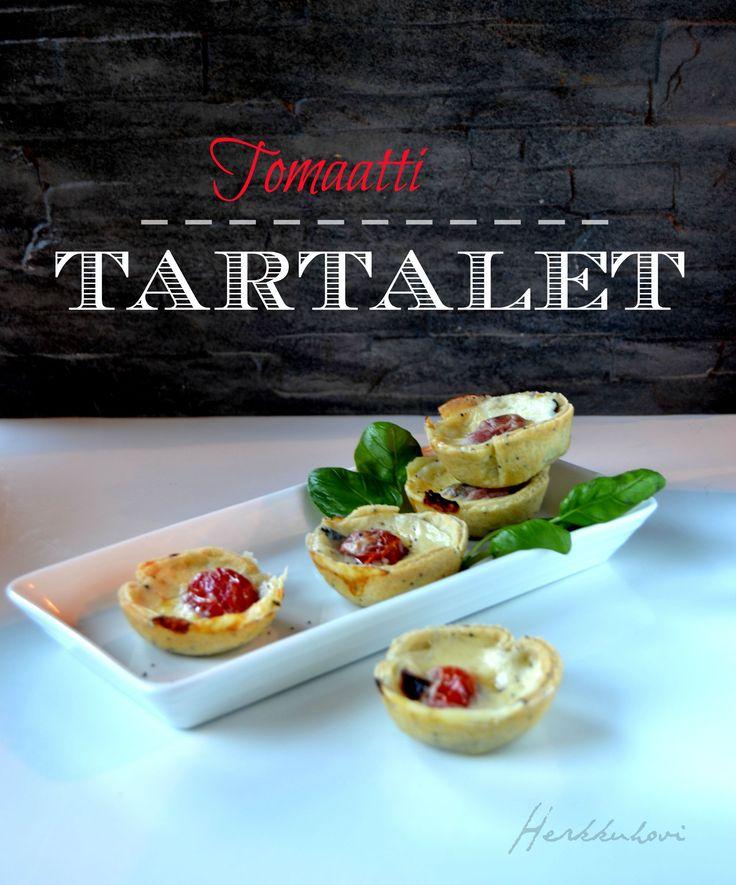 Tomaatti-tartaletit juhliin ja illanistujaisiin http://herkkuhovi.blogspot.fi/2015/08/suolaiset-tartaletit.html