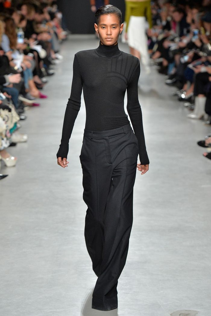 Модные брюки коллекция осень-зима 2017-2018 Guy Laroche