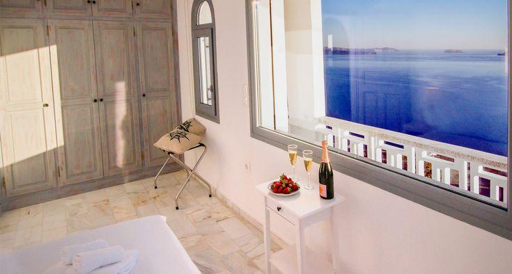 Unforgetable #volacano_view, at #Compass_Villa in Santorini!