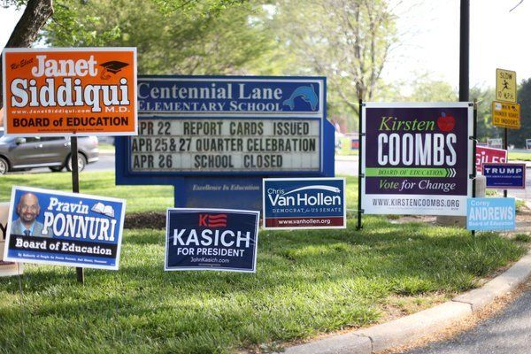 Howard County Board of Education members Ellen Flynn Giles and Ann De Lacy have lost their bids for reelection, according to unofficial primary results from the state's board of elections.