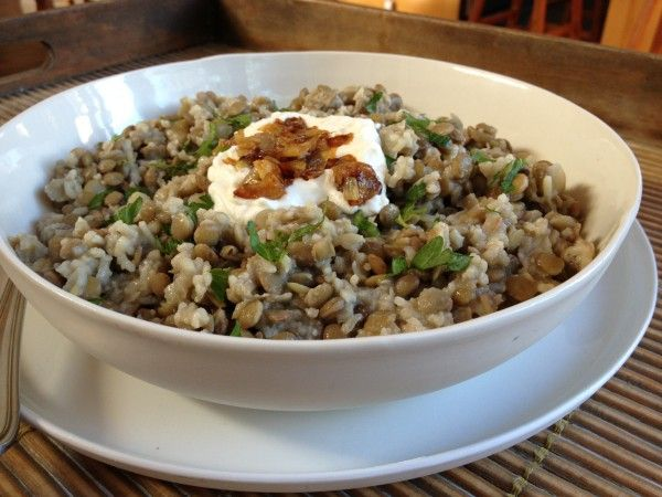 Mjaddra - this was really really tasty. Just over 4 serves, approx 268 cal per serve. 1 cup brown lentils, 1/2 cup brown rice, 3 onions, 3 tbsp olive oil.