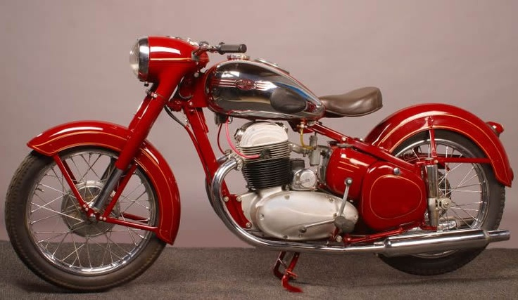 JAWA 500 OHC motorcycle 1952 • 4stroke aircooled OHC