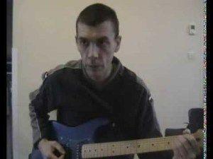 Découvrez comment jouer et enchaine les accords D / G / C / A à la guitare Un cours de guitare en vidéos gratuit réalisé par soochrys Ce co