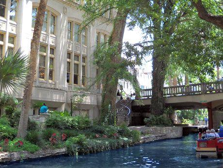 San Antonio Hotels - Drury Inn & Suites Riverwalk - San Antonio, TX