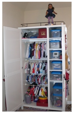 American Girl Doll Organization ... IKEA my dream -- this is what my friend who collects restores and restyles dolls should have!