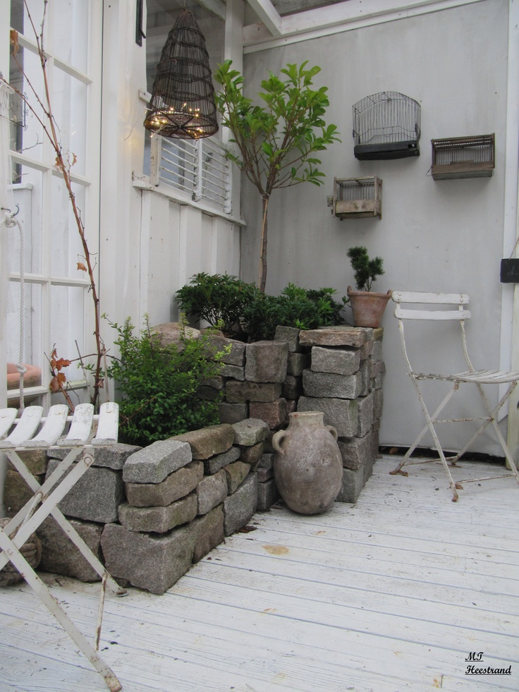 Jardin d'hiver sur terrasse en bois