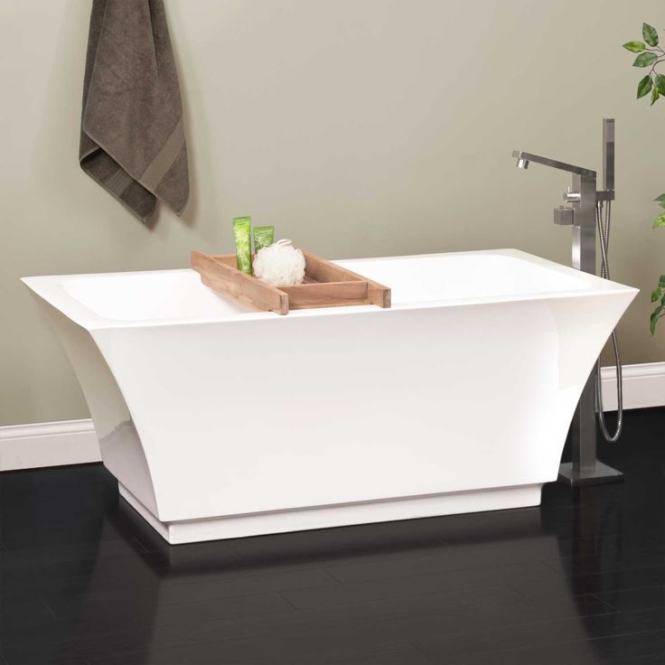 Leland Acrylic Freestanding Air Tub