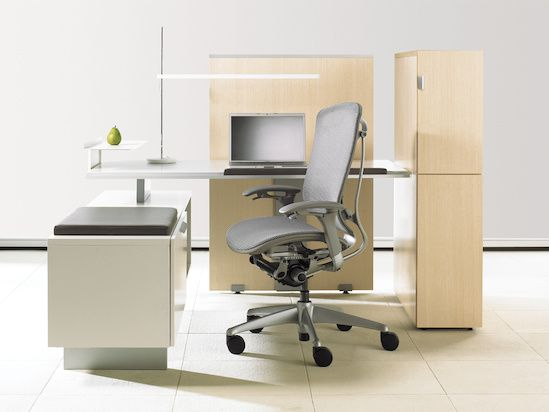 District - panel and freestanding application available   http://www.teknion.com/products/systems_district/default.asp?country=canada&section=panel&product=district