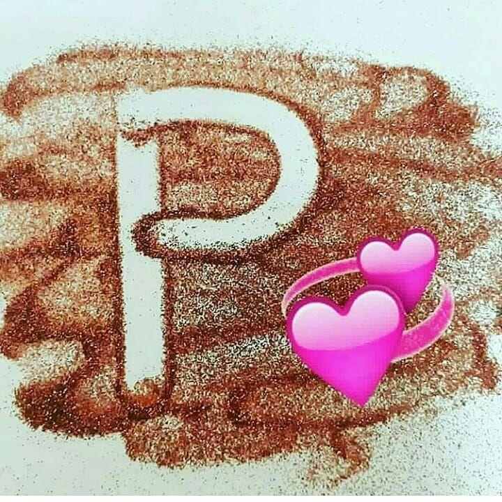 Pin By Komila On Karony In 2020 Stylish Girls Photos Happy Heart Alphabet