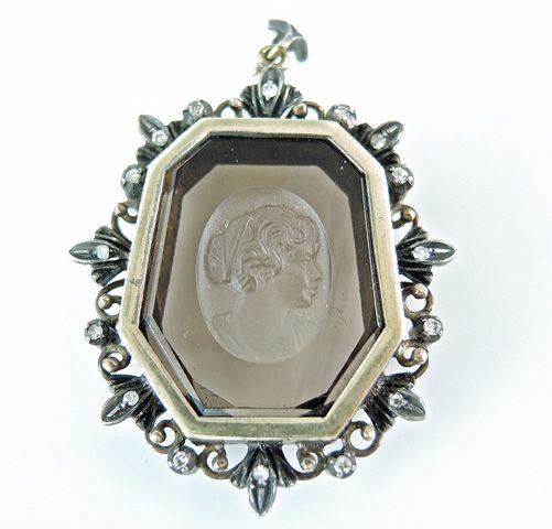We love the carving on this Modern Smoky Quartz Cameo Diamond Pendant #cameo #smokyquartz #pendant