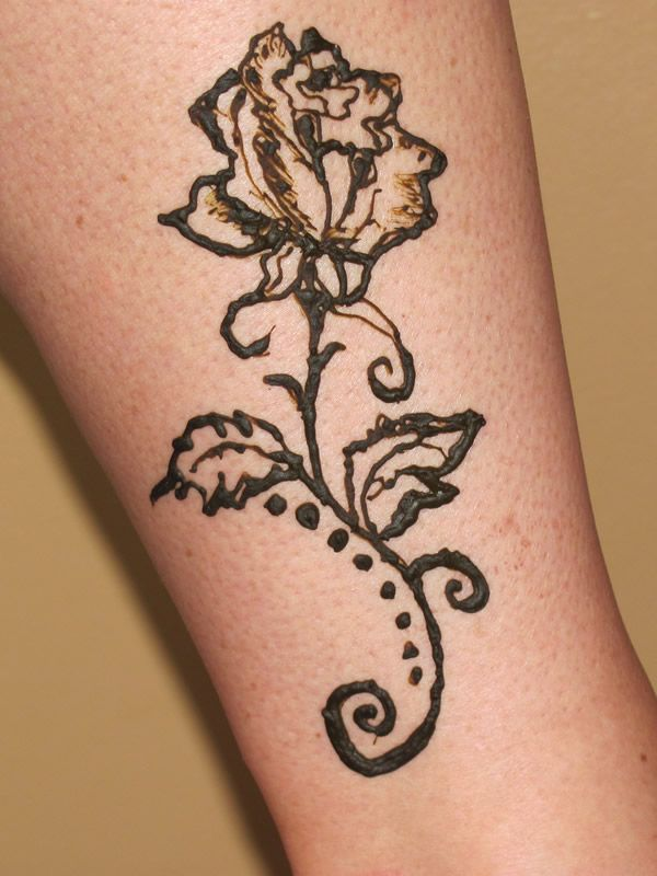 25 best ideas about rose henna on pinterest small for Rose henna tattoo